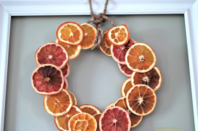 wreath with citrus slices