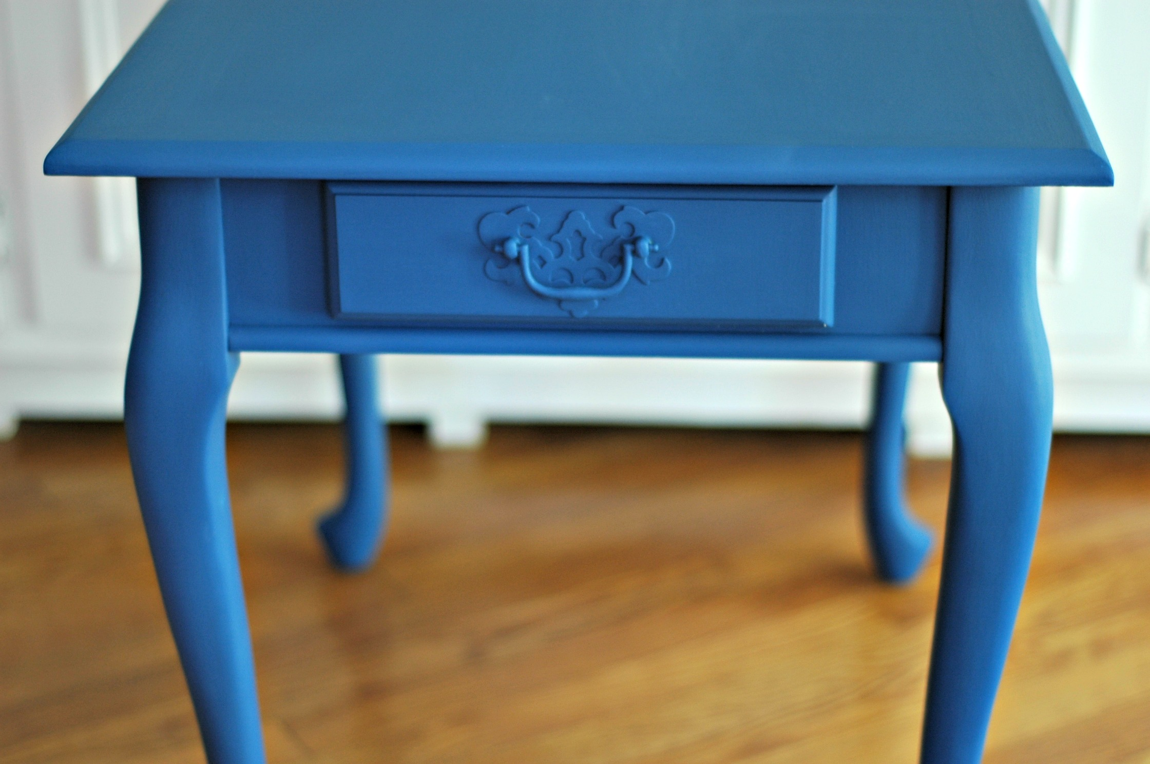 Navy Table with Homemade Chalk Paint Distressed