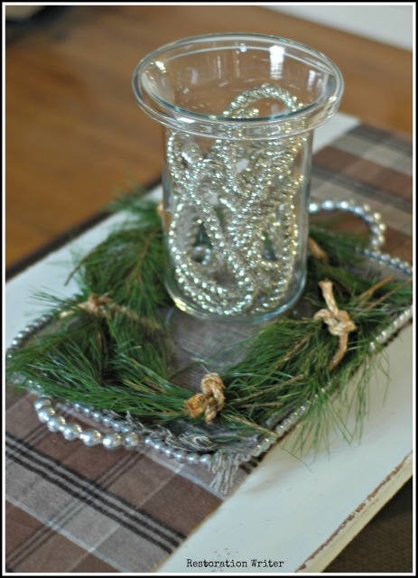 Simple Holiday Decor
