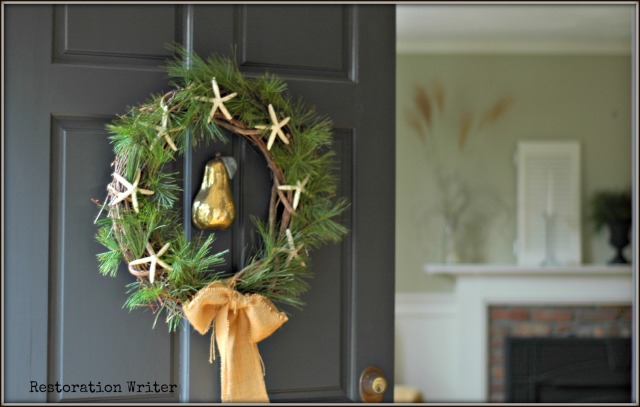 Beachy Holiday Wreath