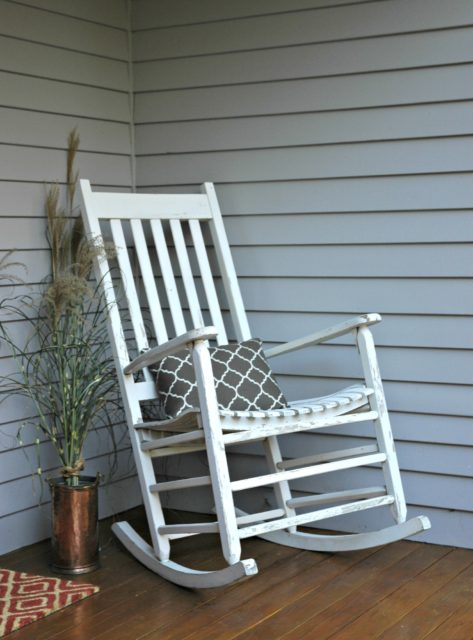 Fall porch with sea grass